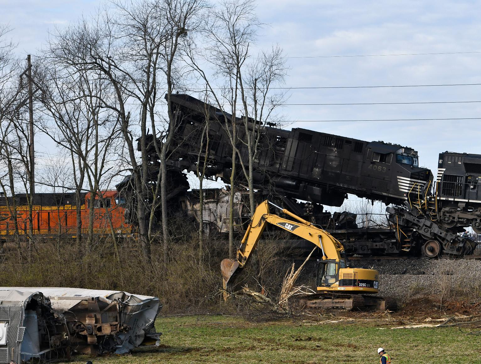 The Latest Norfolk Southern Clearing Derailed Freight