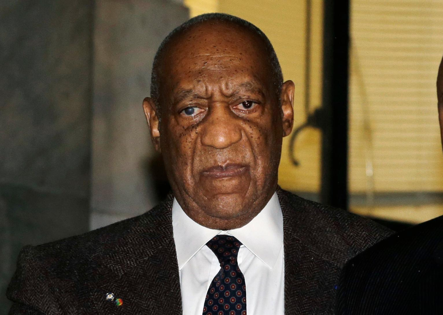cosby dating A former cosby show actress with women's lives matter written on her torso strips off her top and confronts comedian bill cosby as he arrives in court for the start.