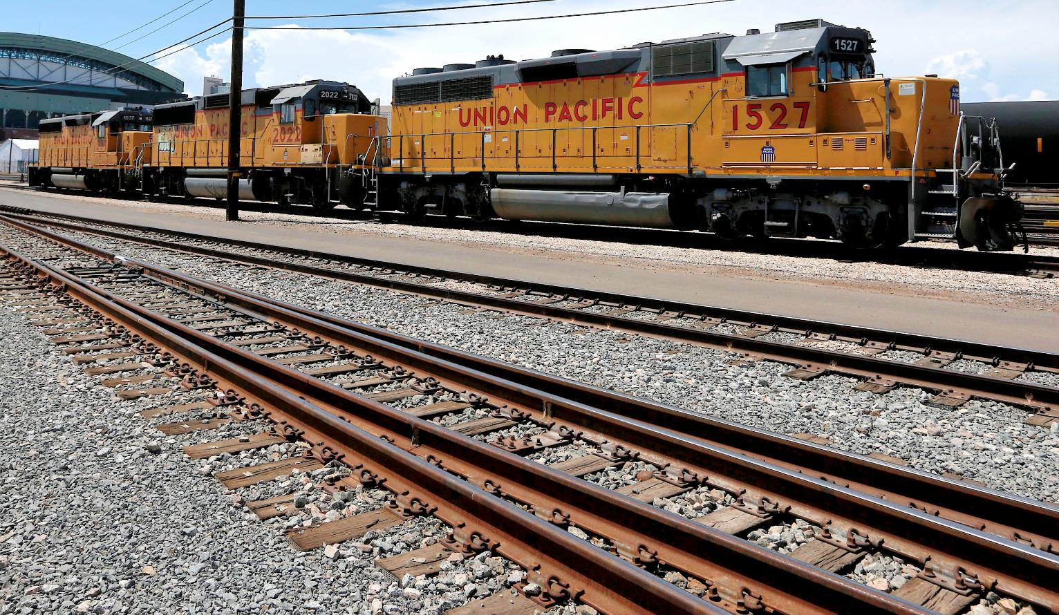 Union pacific cost cuts offset declining shipments in 4q union pacific cost cuts offset declining shipments in 4q business news us news biocorpaavc