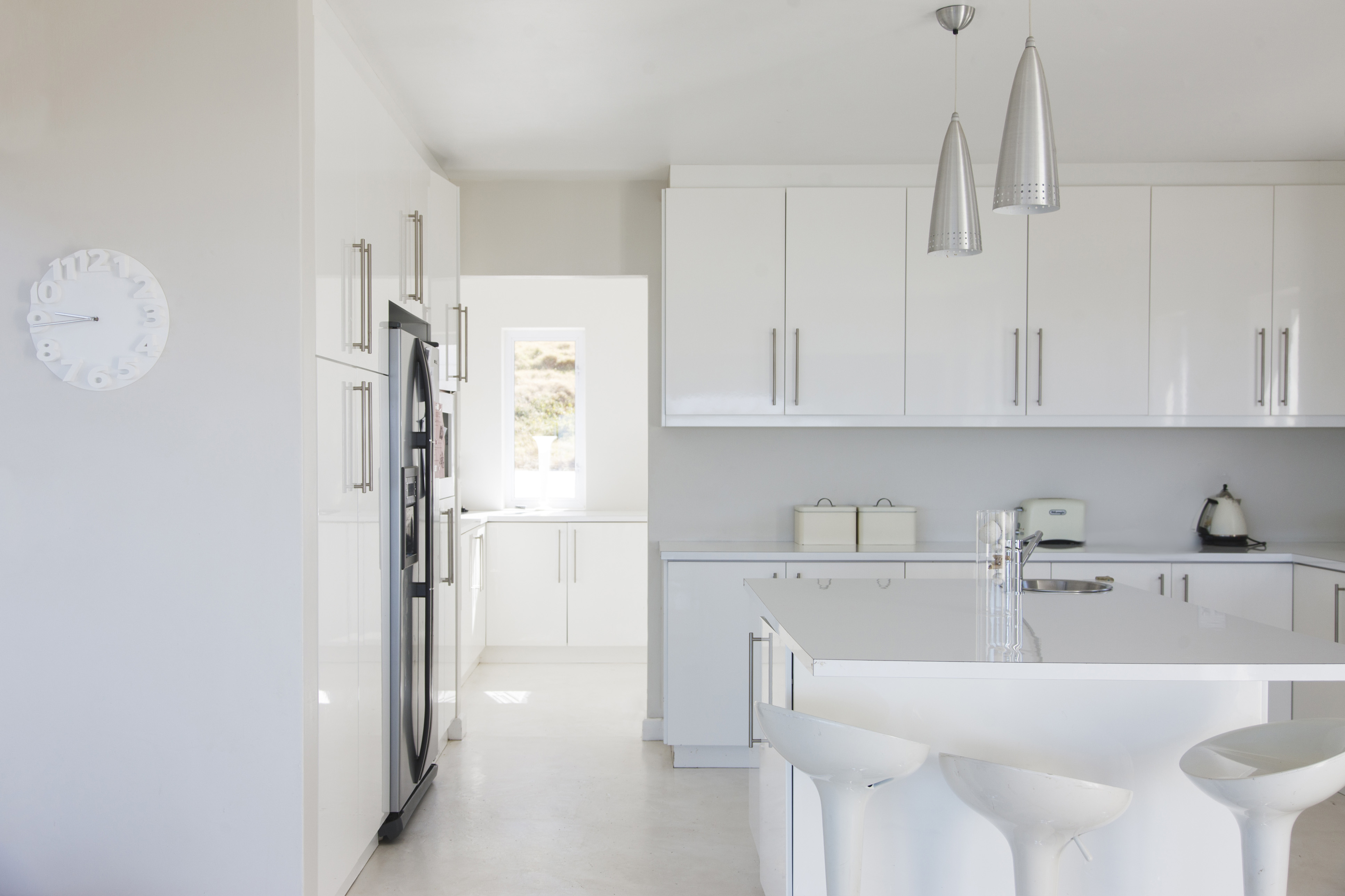Benjamin Moore Oc 20 Is White Really White Hot When It Comes To Decorating Your Home