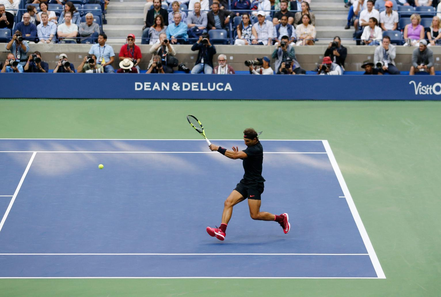 a history of the us open tennis championship The united states tennis association is handing out a total of $504 million in prize money at the 2017 us open americans sloane stephens and madison keys faced off in the us open final on saturday stephens beat out keys, winning $37 million, the most money awarded in tennis history in spite of.
