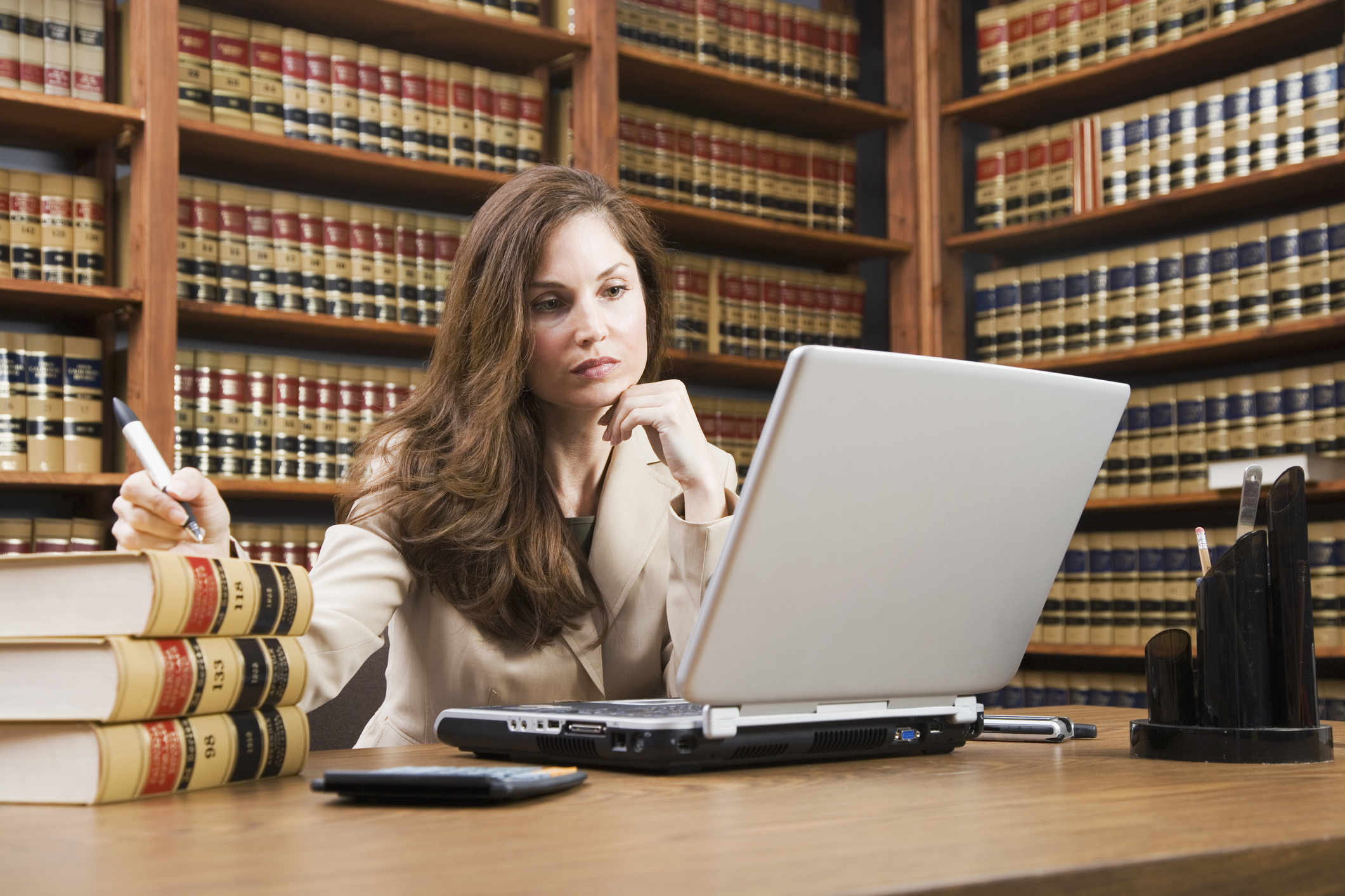 10 Tips To Build A Strong Law School Application