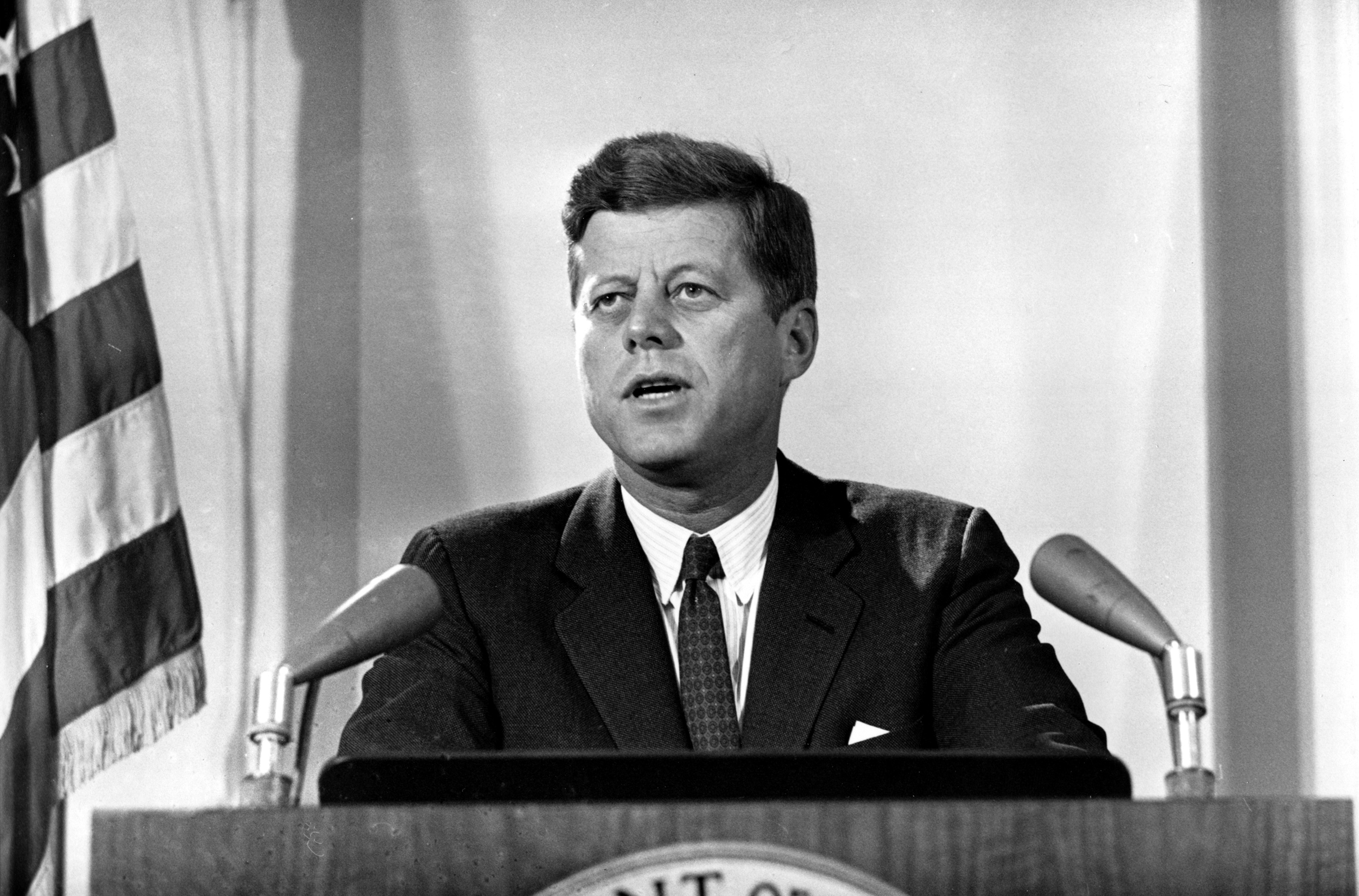a biography of american president john f kennedy Presents a biography and research page on american president john kennedy.