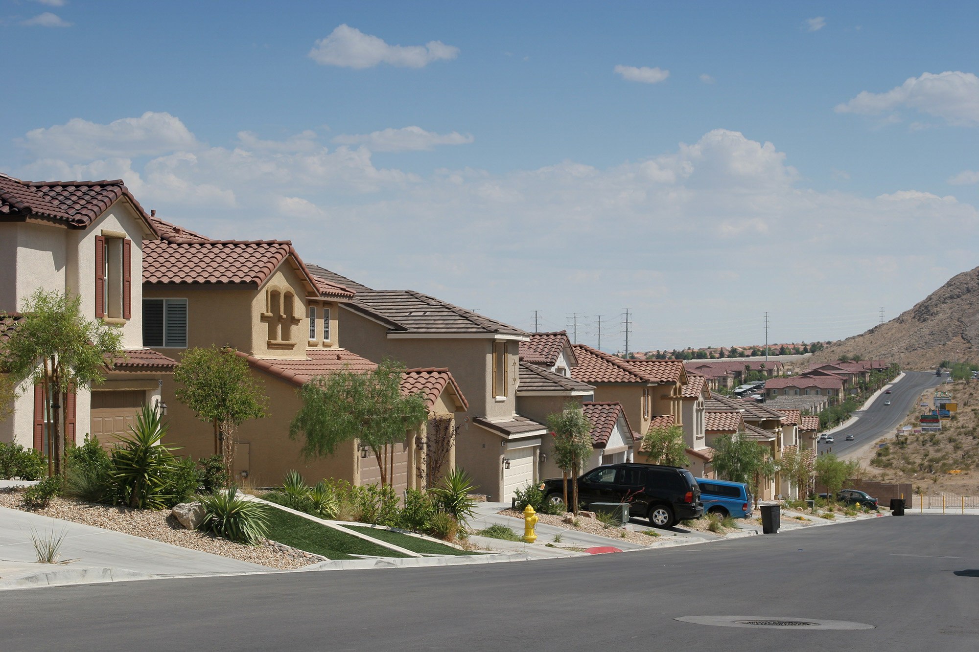 4 under the radar neighborhoods in las vegas real estate