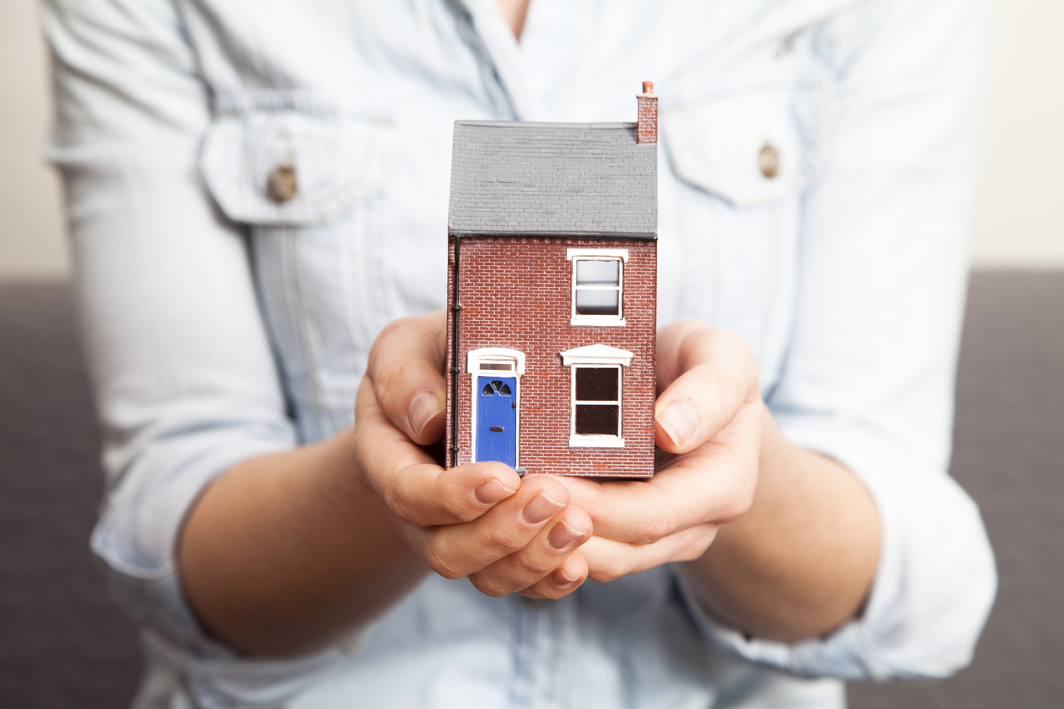 10 ways you can lower your homeowners insurance premium | real