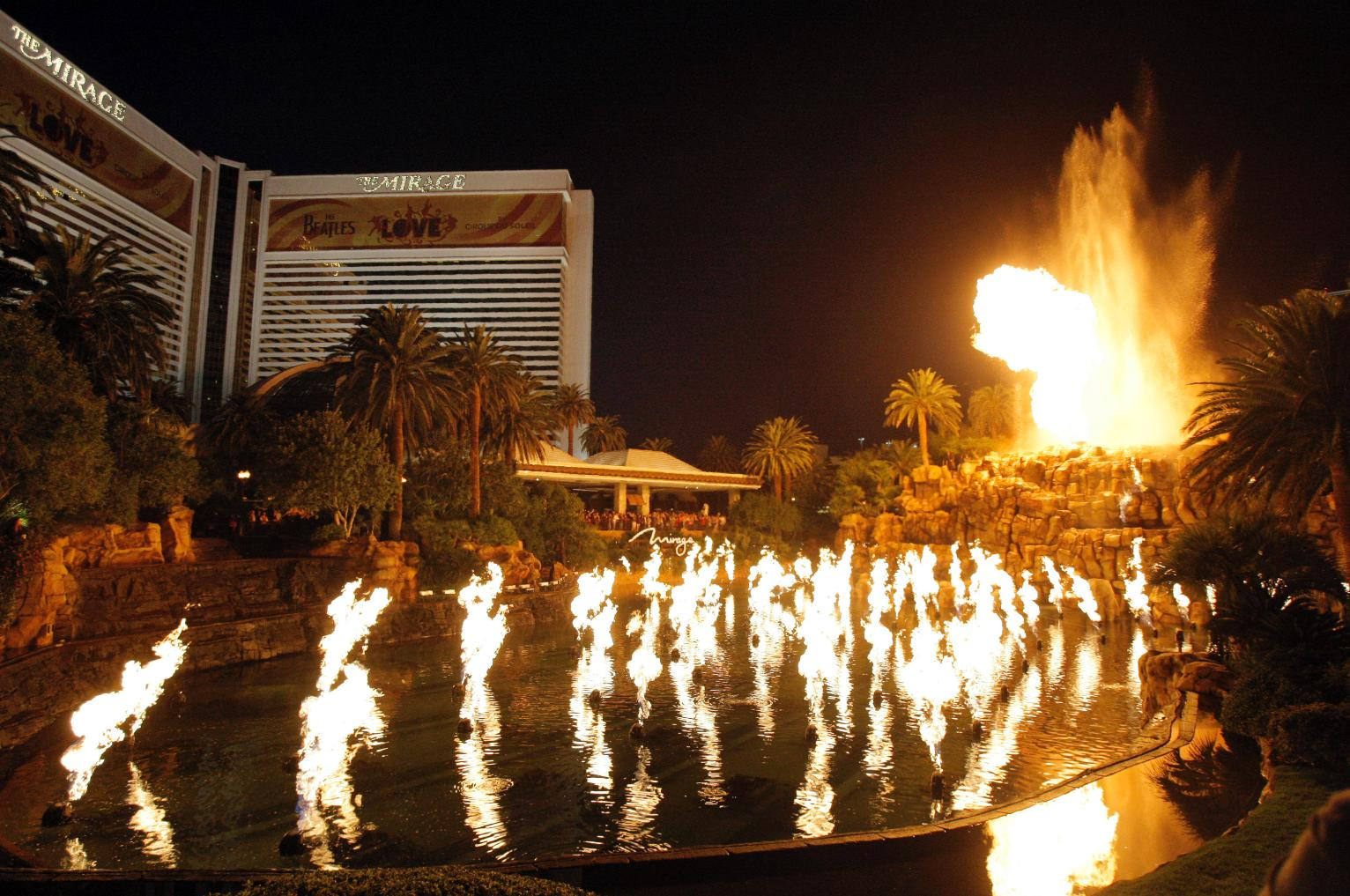 The Mirage volcano in Las Vegas to erupt less frequently ...
