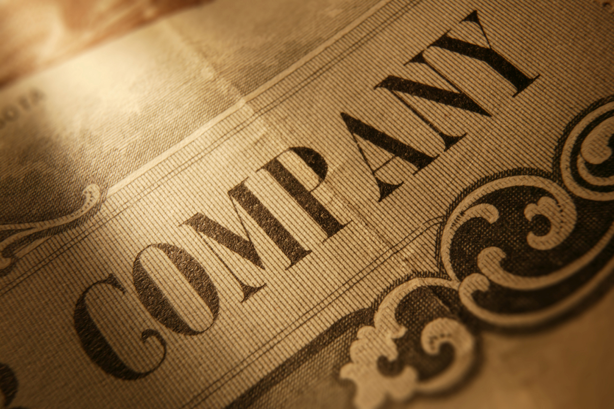 how to sell stock in a private company