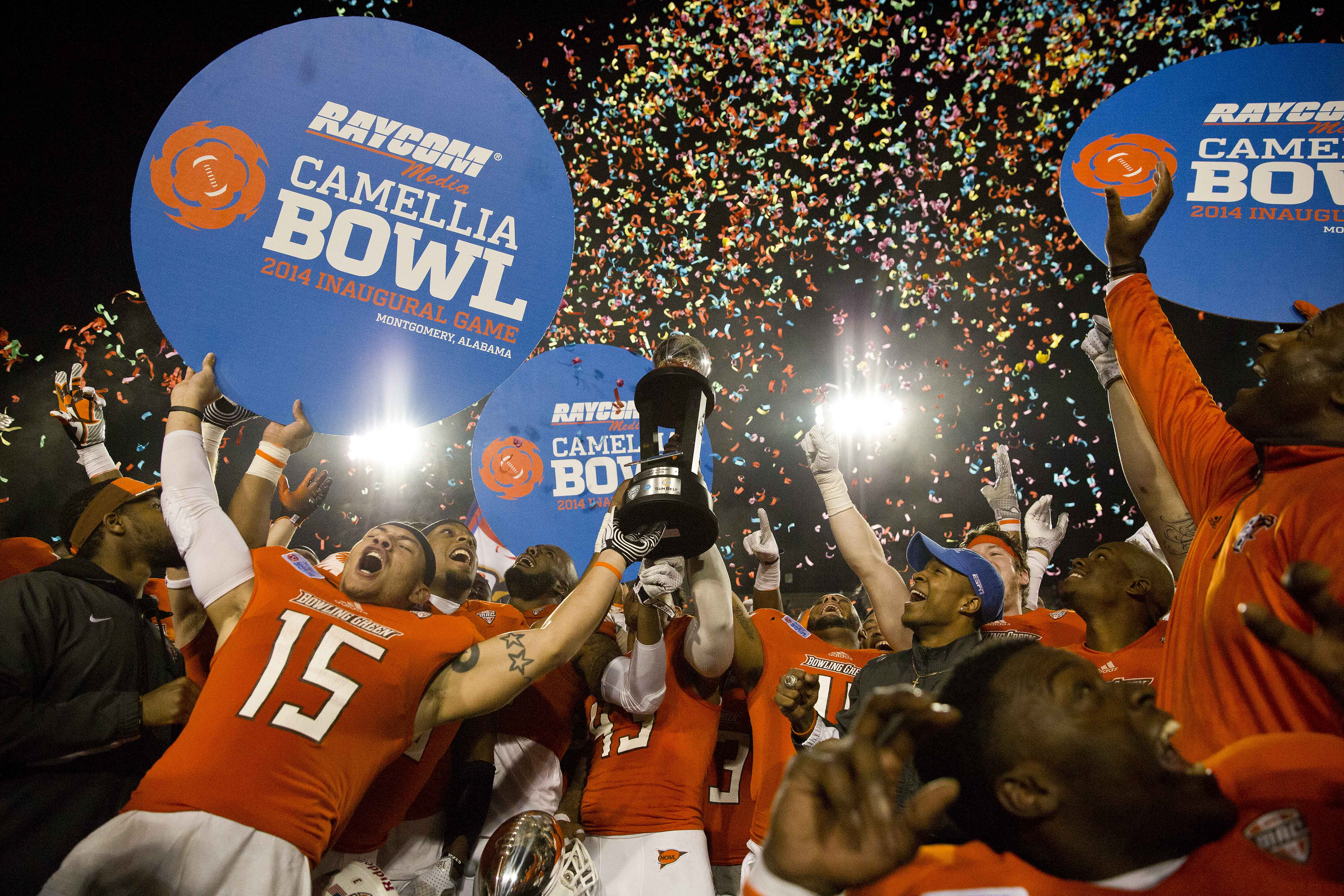 the money behind the college football playoff bowl games data mine us news