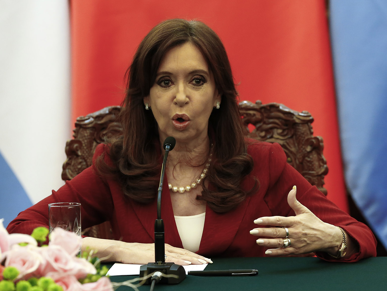 argentina president Rodrigo abd—ap by uki goni / buenos aires january 22, 2015 argentina's president cristina fernández de kirchner made a dramatic u-turn on thursday when she said she was certain that prosecutor alberto nisman was murdered although she had previously insisted he had taken his own life in a.