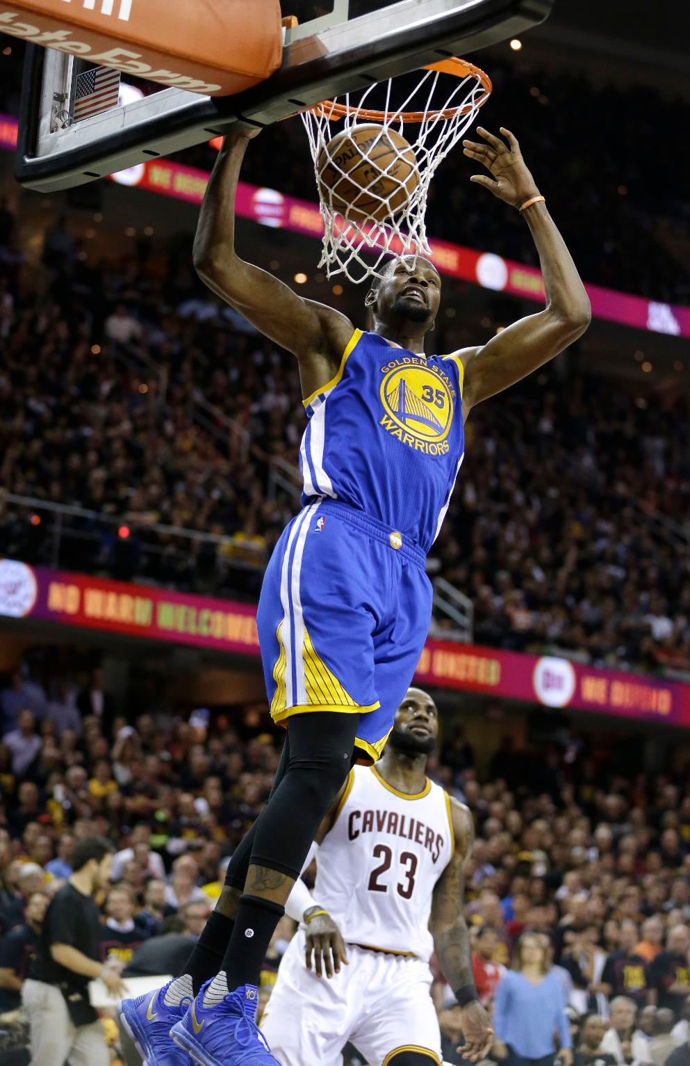 The Latest: Durant, Warriors Rally to Beat Cavs 118-113 ...