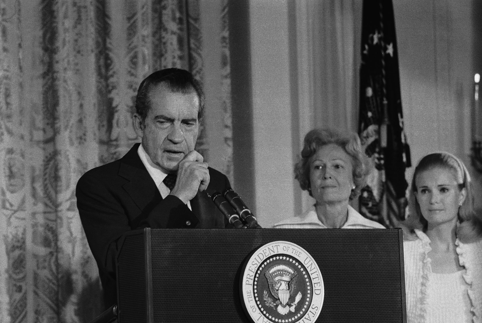 watergate scandal and president nixon essay