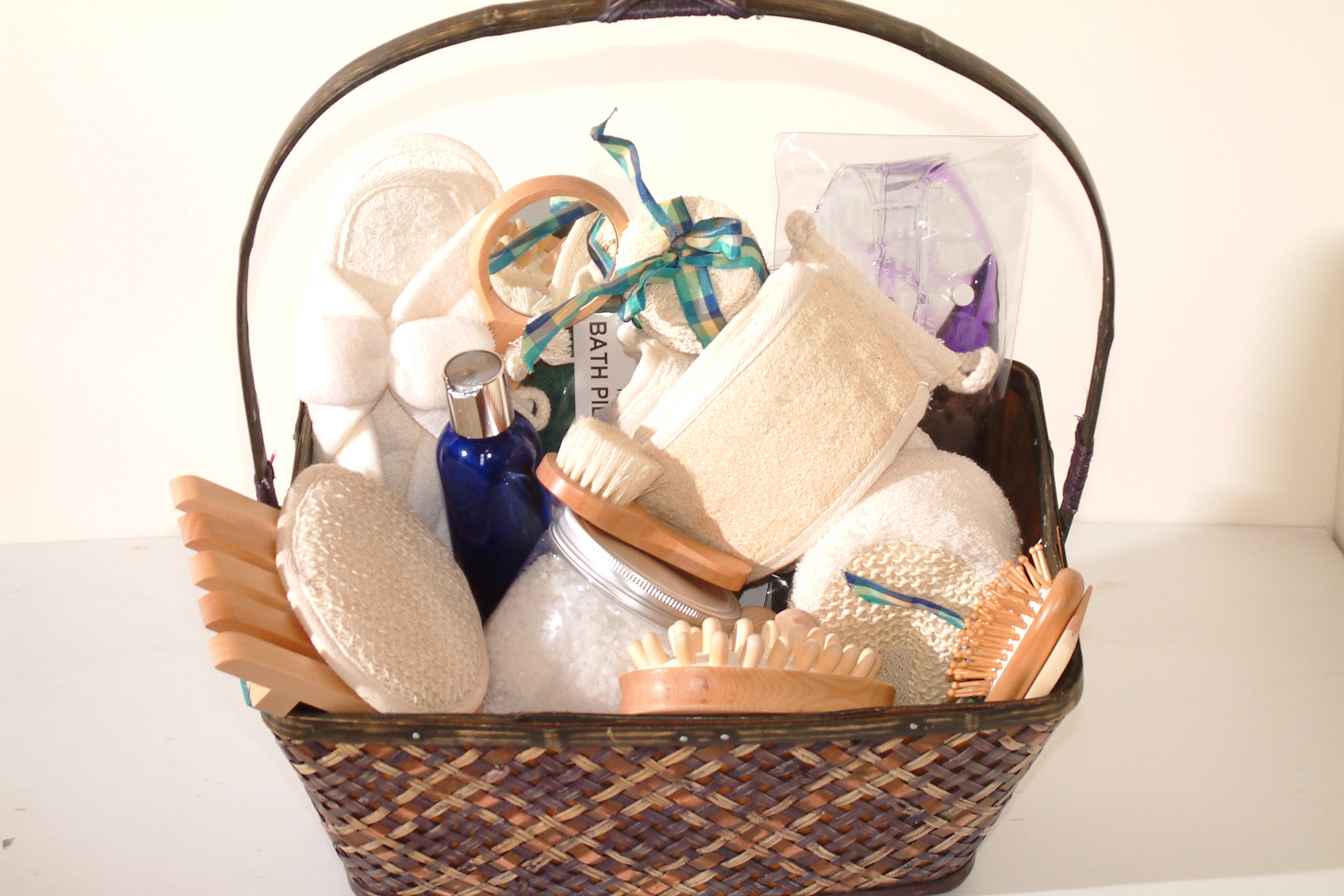 6 diy easter baskets for adults my money us news negle Gallery