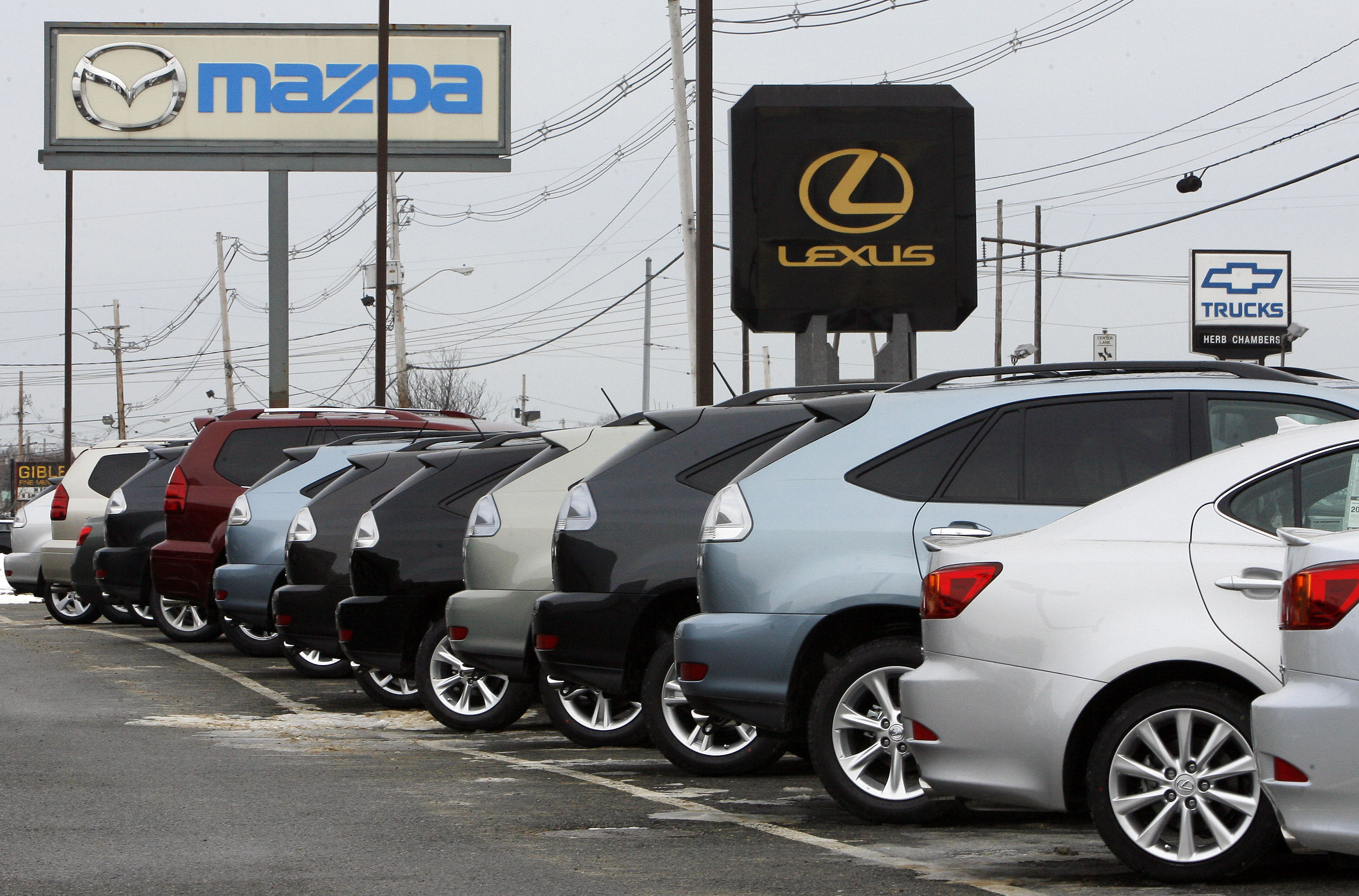 how auto dealers cheat borrowers with interest rate markups