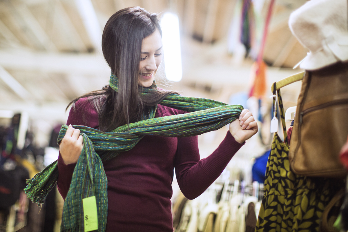 8 Awesome Thrift Store Items People Often Miss My Money