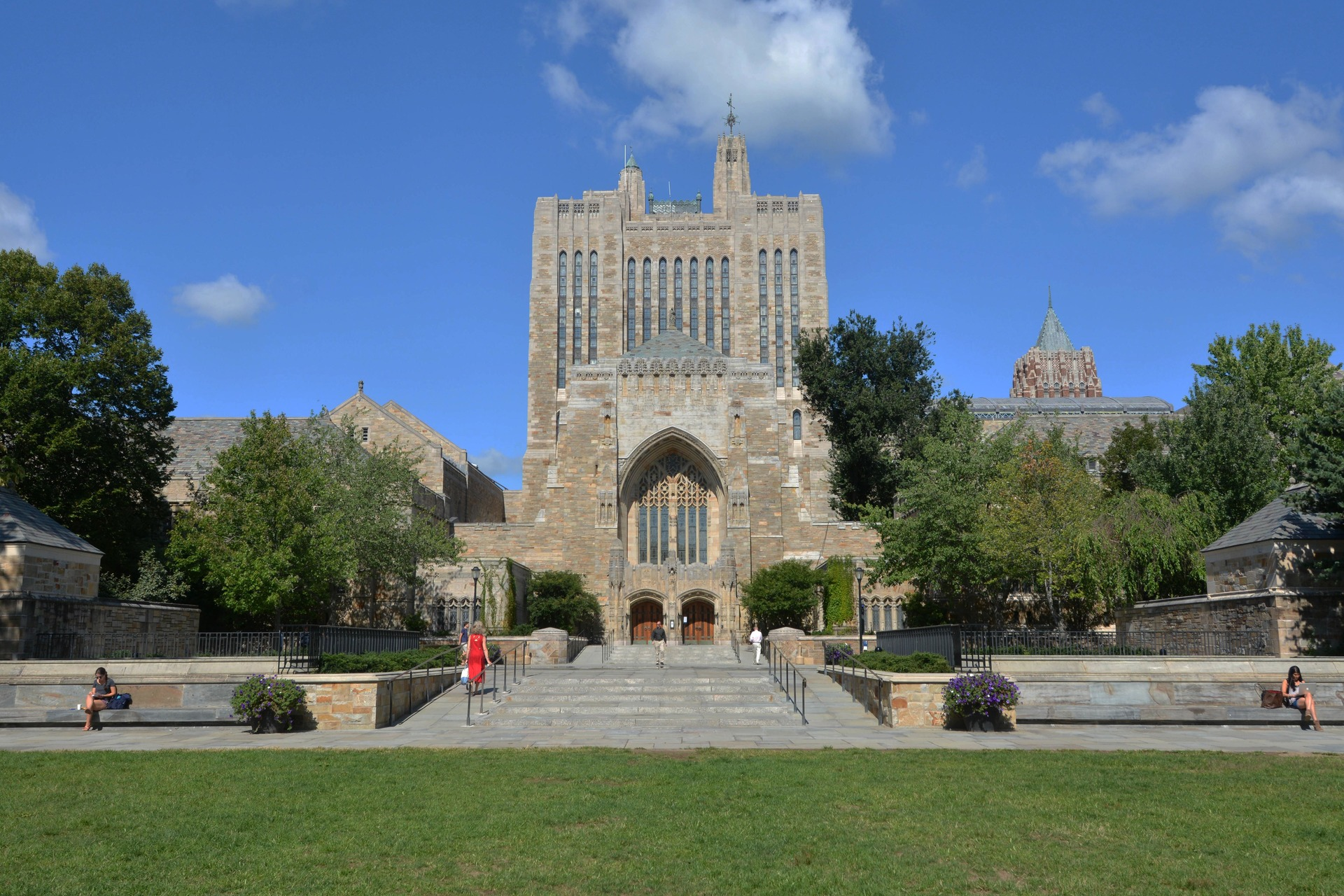 yale university us news best global universities