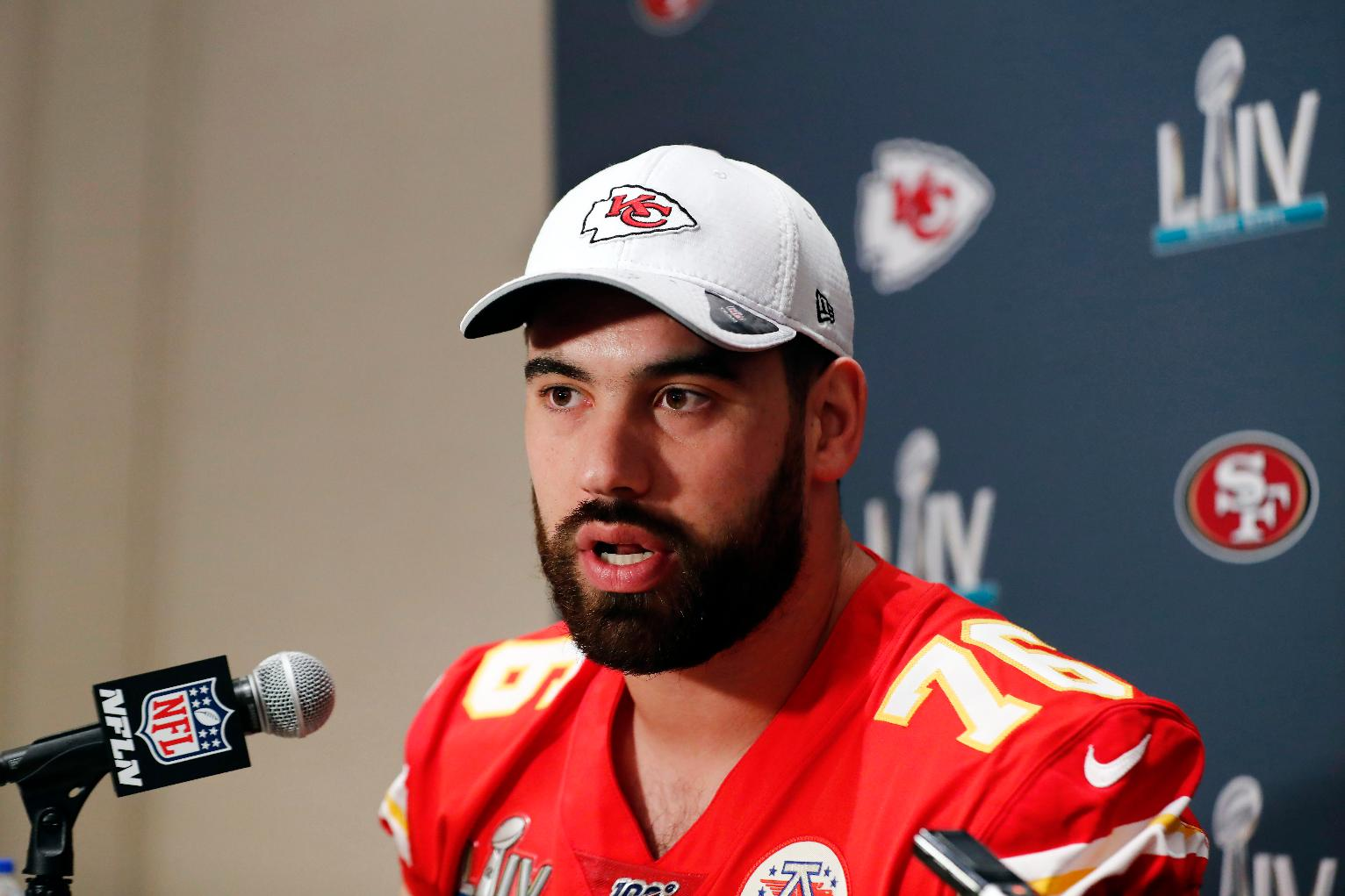 Chiefs RG Laurent Duvernay-Tardif Opts Out of NFL Season Over Coronavirus to Serve at Care Facility in Montreal