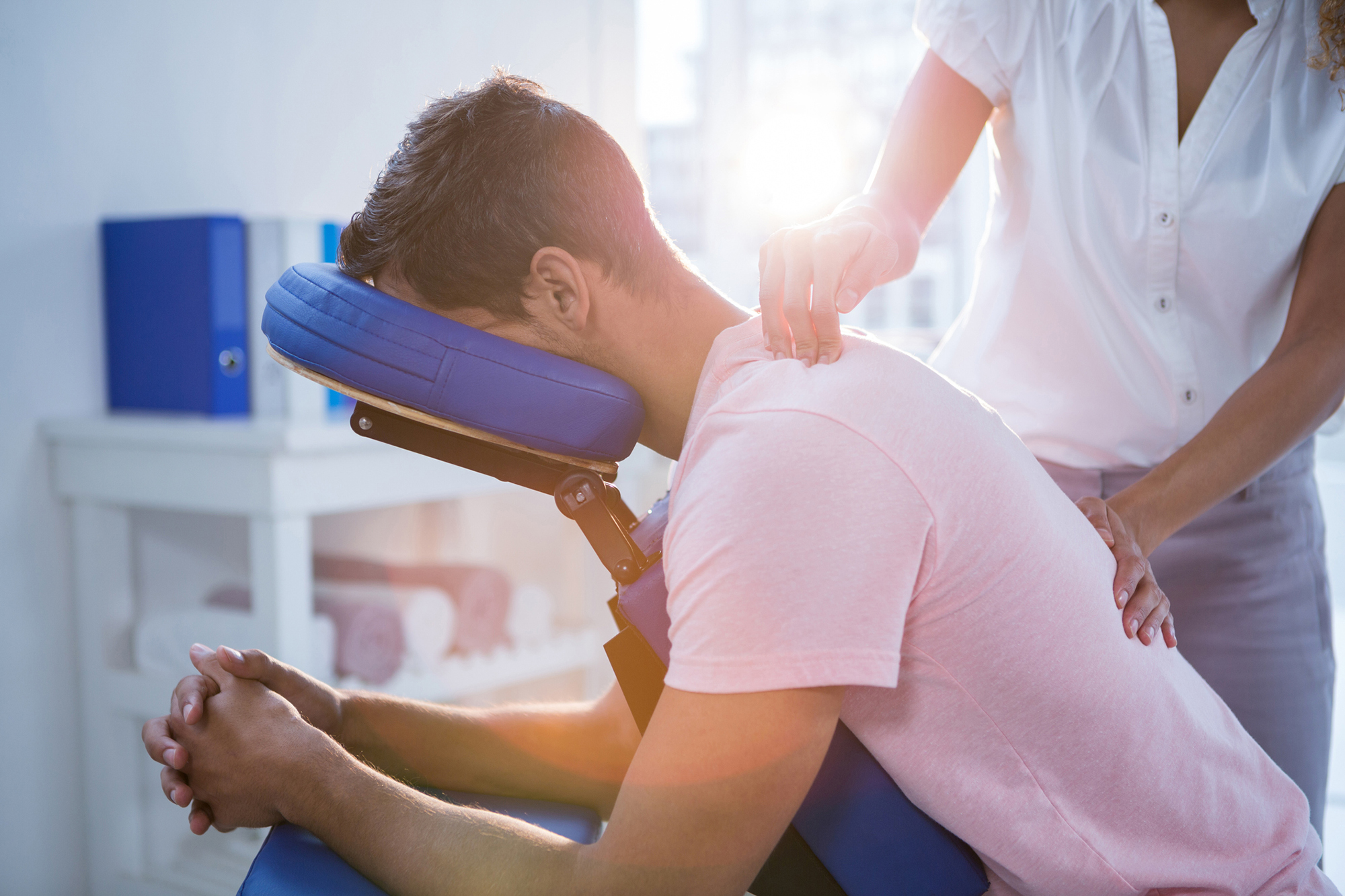 Should I Go to a Chiropractor?   U.S. News