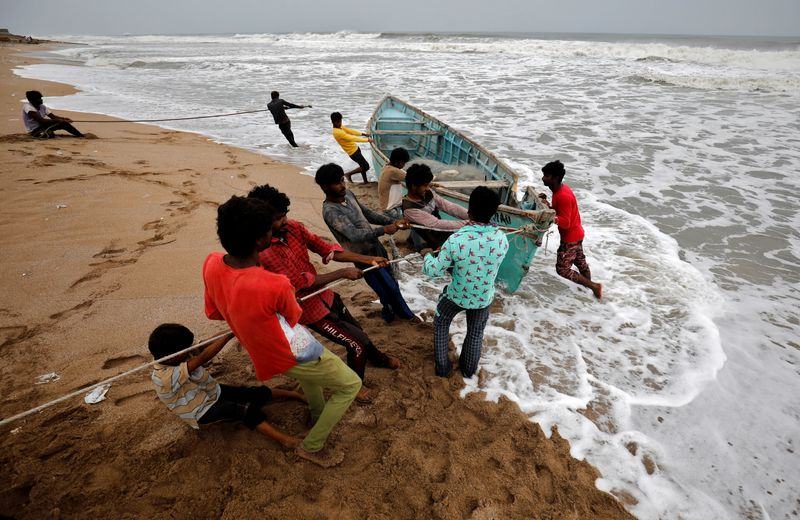 India's Gujarat State Evacuates Over 200,000 People as Most Powerful Cyclone in 20 Years Hits